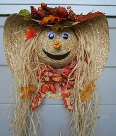 Over 40 of the BEST Homemade Halloween Decorating Ideas Straw Hat Scare Crow Fall Wreath.these are the BEST Homemade Halloween Decorations & Craft Ideas! Homemade Halloween Decorations, Fete Halloween, Halloween Crafts, Halloween Wreaths, Halloween Ideas, Fall Decorations, Vintage Halloween, Outdoor Halloween, Vintage Witch