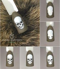 Nail Art Decoration With Rhinestones And Glitter Skull Nail Art, Skull Nails, Nail Art Diy, Diy Nails, Sassy Nails, Cute Nails, Pretty Nails, Cute Halloween Nails, Halloween Nail Designs