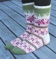 Ravelry: Summer Dream Socks pattern by Aud Bergo Crochet Socks, Knitting Socks, Knit Crochet, Knit Stockings, Fair Isle Knitting, Summer Dream, Baby Socks, Sock Yarn, Bearpaw Boots