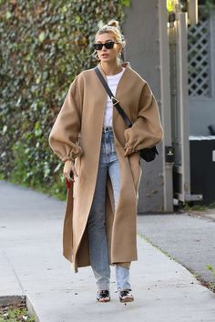 NEW MODEL LOOK Street style outfit ootd fashion style models style beautiful girls Moda Outfits, Winter Outfits, Casual Outfits, Fashion Outfits, Girly Outfits, Ootd Fashion, Fashion 2020, Daily Fashion, Fashion Clothes