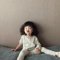 Cô bé Hàn Quốc với loạt biểu cảm đáng yêu xuất sắc này đang gây bão khắp mạng xã hội - Ảnh 15.