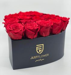 Luxury Heart Box with Infinity Red Roses 🌹❤️ Rosen Box, Red Roses, Infinity, Just For You, Luxury, Heart, Instagram, Infinite, Hearts