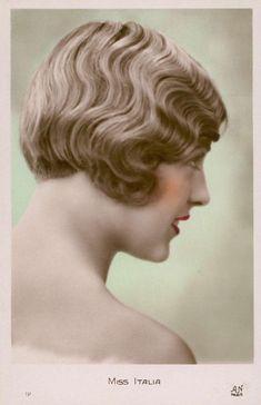 Pleasant Shingle Bob Pickurselfup Shingle Bob 1920S Frisyrer 1920S Hairstyles For Women Draintrainus