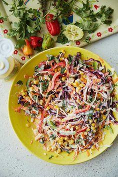 Party Salads, Bbq Salads, Caribbean Coleslaw Recipe, Healthy School Snacks, Snacks Kids, Cooking Recipes, Healthy Recipes, Oven Recipes