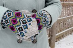 Hickory Mittens by Adrian Bizilia #knit #colorwork #pattern $5.50