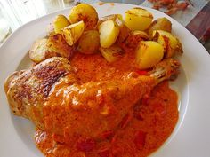 The German Paprika Chicken recipe is a fabulous dinner idea. Authentic German recipe that is easy to make. Contains Hungarian Paprika. Yummy Chicken Recipes, Yum Yum Chicken, Chicken Meals, Hungarian Paprika, Chicken Paprikash, Organic Chicken, Cooking Instructions, German Recipes, Hungarian Recipes