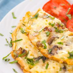 Veggie Omelet: Combine two whole eggs and two egg whites, toss in low-carb veggies like tomatoes, zucchini, mushrooms and peppers, and cook on the stove top. You can top it off with a tablespoon or two of salsa (only 1 gram of carbs per tablespoon) or some low-fat cheese. |  http://www.skinnymom.com/2013/04/16/7-high-protein-low-carb-breakfast-recipes/