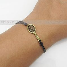 Charm Bracelet Antique Brass Tennis Racket Charm on Thin Leather Cord Adjustable Bangle with Extension Chain Leather Bracelet Mode Tennis, Sport Tennis, Play Tennis, Tennis Wear, Tennis Party, Tennis Gifts, Tennis Fashion, Tennis Clothes, Tennis Players