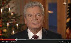 Zur Diskussion gestellt (07) *** Zwei Weihnachts-Ansprachen zum Vergleichen *** Welche favorisiert Ihr? -   See more at:   http://politpranger.blogspot.com.br/2014/12/zur-diskussion-gestellt-5-zwei.html#sthash.tr7rIGSr.dpuf  Am 1. Weihnachtstag, exakt nach der Tagesschau um 20 Uhr, sitzen wieder einmal Millionen Menschen vor den heimischen Fernsehgeräten, lauschen wohlgenährt den Worten der alljährlichen Weihnachtsansprache, verkündet durch Bundespräsident Joachim Gauck.
