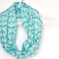 A simple step by step tutorial on sewing your own Infinity/Eternity Scarf.