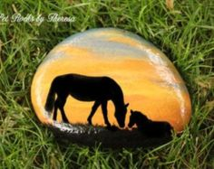 Painted Rocks - Garden Decor - Horses painted on rock - Large Horse Rock - Painted horses - Horses Sunset - Personalized Horse Art Pebble Painting, Pebble Art, Stone Painting, Stone Crafts, Rock Crafts, Hand Painted Rocks, Painted Stones, Horse Crafts, Rock Painting Designs