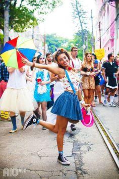 Rio's Carnival shot by Carnival Fantasy, Rio Carnival, Carnival Costumes, Glitter Carnaval, Make Carnaval, Carnival Inspiration, Ferrat, Easy Costumes, Rock