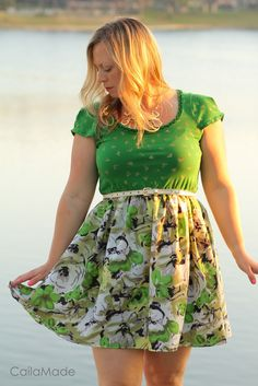 Emerald dress by CailaMade. (handmade, perfect for spring)