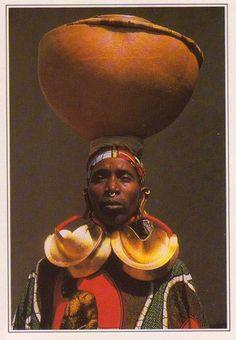 Africa   woman from Djenne, Mali   Scanned postcard Нали...