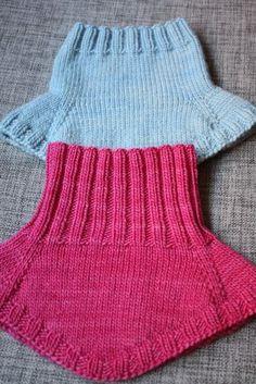 54 Ideas For Crochet Cowl Hat Neck Warmer Knitting Short Rows, Knitting For Kids, Baby Knitting Patterns, Knitting Socks, Knitted Hats, Crochet Neck Warmer, Knitting Accessories, Baby Sweaters, Crochet Clothes