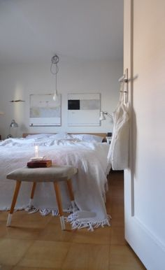 Grey, Grey walls and Bedrooms on Pinterest
