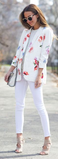 Love the blazer but would wear different shoes for office | Floral Blazer Outfit Idea by SOMETHING NAVY