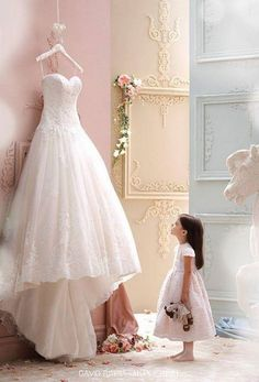 New Arrival robe de mariage High Quality Cheap Price Wedding Gowns Western Style Luxury Lace Sweetheart Wedding Dresses 2016 Wedding Picture Poses, Wedding Photography Poses, Wedding Poses, Wedding Photoshoot, Wedding Dress Pictures, Must Have Wedding Pictures, Vintage Wedding Photography, Wedding Images, Wedding Shoot
