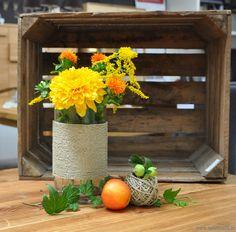 Gläser und Vasen ganz einfach dekoriert! Mehr darüber in unserem Blog...