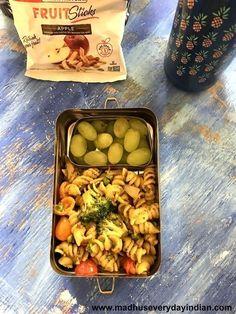 coriander cashew pesto pasta with veggies1