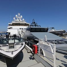 ANDROMEDA is a luxury expedition mega yacht built in refitted in 2017 by Kleven. View similar yachts for Charter around the world. Yacht Design, Cabo San Lucas, Viking Yachts, Explorer Yacht, Expedition Yachts, Utility Boat, Small Yachts, Runabout Boat, Yacht Builders