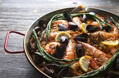 Grilled Seafood Paella Valenciana ~Yes, more please!, Grilled Paella Recipe Chowhound, Skillet Grilled Seafood and Chorizo Paella HBH Read. Grilled Paella Recipe, Grilled Seafood, Grilled Fish, Fish And Seafood, Fire Grill, Seafood Paella, Lamb Chops, Chorizo, Seafood Recipes