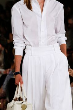 Ralph Lauren Spring 2016 Ready-to-Wear collection, runway looks, beauty, models, and reviews. Fashion Week, Look Fashion, Fashion Show, Fashion Outfits, Womens Fashion, Fashion Trends, Woman Outfits, College Fashion, Street Fashion