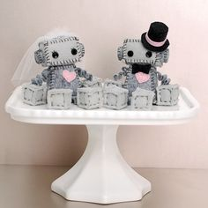 Mini Robot Cake Toppers for a Geek Wedding or a Robot Wedding, Bride and Groom Robots, Geek Love by GinnyPenny on Etsy https://www.etsy.com/listing/198312203/mini-robot-cake-toppers-for-a-geek