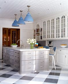 New Kitchen Flooring Trends: kitchen Flooring Ideas for the Perfect Kitchen. Get inspired with these kitchen trends and learn whether or not they're here to stay. Linoleum Flooring, Kitchen Flooring, Garage Flooring, New Kitchen, Kitchen Decor, Kitchen Ideas, Island Kitchen, Warm Kitchen, Kitchen Modern