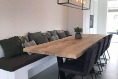 after rustic wooden decor ideas 141 Living Room Green, Home And Living, Interior Exterior, Kitchen Interior, Dining Table With Bench, Kitchen Pictures, Wooden Decor, Affordable Home Decor, Ikea Kitchen