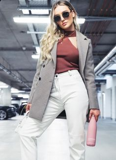 Women in suits and blazers Perrie Edwards Style, Little Mix Perrie Edwards, Little Mix Style, My Style, Celebrity Outfits, Celebrity Style, Celebrity News, Litte Mix, Suits For Women