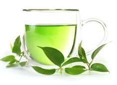 Green tea hits the spotlight as a natural remedy for lowering LDL cholesterol levels: Curcumin Naturally Fights Cancer, Alzheimer's Cholesterol Lowering Foods, Cholesterol Levels, Lowering Ldl, Cholesterol Symptoms, Matcha, Lemongrass Essential Oil, Lemongrass Oil, Essential Oils, Green Tea Benefits