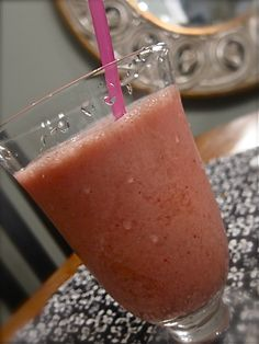 Strawberry Bananas N' Creme Fruit Smoothies - Women Living Well