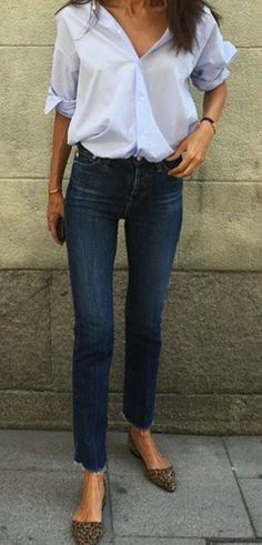 office style perfection / shirt + loafers + skinny jeans #WomensFashion