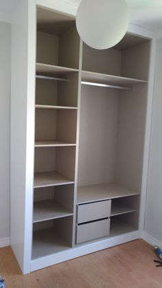 Closet Layout 787215209843068535 - drawers for socks by shoes Source by sattlerelo Wardrobe Design Bedroom, Bedroom Wardrobe, Wardrobe Closet, Bedroom Decor, Bedroom Cupboard Designs, Bedroom Drawers, Bedroom Cupboards, Closet Layout, Closet Remodel