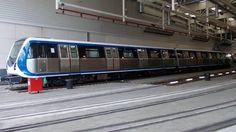 Metroul - Bucuresti Romania, Train, Strollers