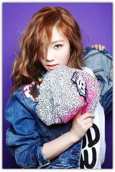 http://2.bp.blogspot.com/-zEI5dR-nHPU/UOLPzp1KnDI/AAAAAAAAVoo/CofLpti1F-Q/s1600/SNSD+Taeyeon+I+Got+A+Boy+photo.jpg