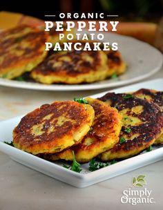 These Peppery Potato Pancakes are the perfect combination of #Thanksgiving mashed potatoes and #Hanukkah potato latkes. #Thanksgivukkah #RecipeRemix | www.simplyorganic.com/holidays