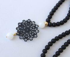 Bianco e nero collana collana lunga nero di lizaslittlethings