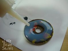 Great tutorial for washer necklaces.