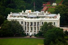 Tours to the White House upon request. What a cool adventure for your Reception guests on their vacation weekend!