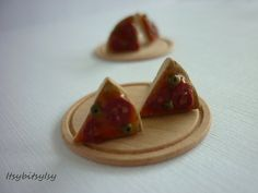 Pizza earrings by ItsybitsyIsy on Etsy, €3.95