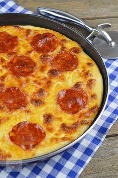 Pizza cu chorizo si mozzarella - CAIETUL CU RETETE Chorizo, Pepperoni, Mozzarella, Food And Drink, Pizza