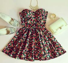 This is by far the cutest dress I have found all day <3 I'm obsessed.