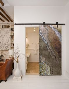 Barn doors today are becoming part of interior decoration in many houses because they are stylish. When building a barn door on your own, barn door hardware kit Glass Barn Doors, Glass Door, Interior Barn Doors, Interior And Exterior, Barn Door Designs, Industrial Interior Design, Modern Interior, Bathroom Doors, Barn Bathroom