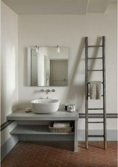 Renovierung Ihres Badezimmers waschbecken idee leiter tisch