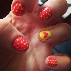Yellow polka-dot nails :)