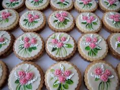 Mini Cupcakes, Cooking Recipes, Sweets, Bar, Food, Gummi Candy, Chef Recipes, Candy, Essen