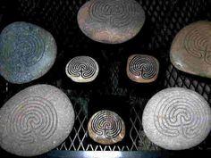 7-circuit Labyrinth stone