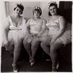 Diane Arbus, Three Circus Ballerinas